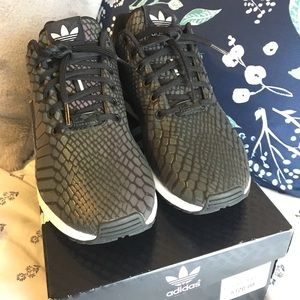 le adidas mens zx flusso poshmark